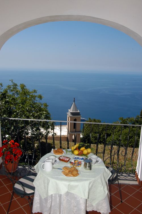 Welcome to casa cuccaro bed and breakfast positano for Casa positano